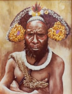 Oil painting by Josonia Palaitis titled Huli Wigman showing a man from the Papua New Guinea Highlands with arms crossed wearing a bright white shell necklace and a headdress made of yellow flowers and feathers with the strap of a billum visible over his bare shoulder